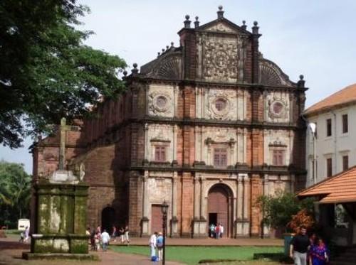 Iglesias y conventos de Vieja Goa